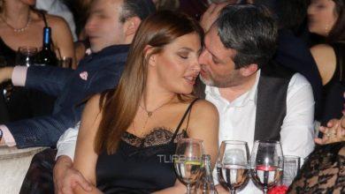 Photo of Έλενα Παπαρίζου: Όλα όσα αποκαλύπτει για τα σενάρια περί χωρισμού με τον σύζυγό της