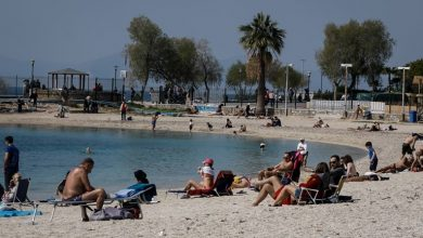 Photo of Θάλασσα, άμμος, ξαπλώστρες επί κορονοϊού: Πως θα βγούμε χωρίς κίνδυνο στην παραλία