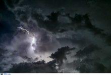 "Photo of Καιρός: Η ""Θάλεια"" σαρώνει στο πέρασμά της με κεραυνούς και καταιγίδες – Που θα χτυπήσει τις επόμενες ώρες"