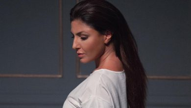 Photo of Έλενα Παπαρίζου: Δείτε το εντυπωσιακό video clip του ολοκαίνουριου τραγουδιού της «Σε Ξένο Σώμα»!