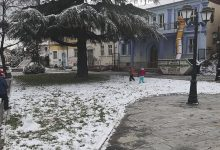 Photo of Ο καιρός τρελάθηκε: Χιονόπτωση στη Φλώρινα – Τους 30 βαθμούς άγγιξε το θερμόμετρο στην Κρήτη