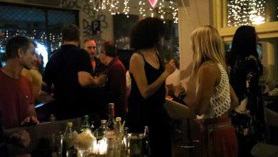 Photo of Νέα μέτρα: Διασκέδαση μόνο για καθήμενους, γάμοι με χορό μόνο για ζευγάρι και… πεθερικά
